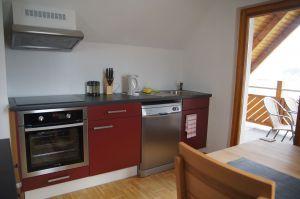 Moderne und gut ausgestattete Küche